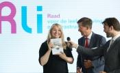 aanbieding advies Grond voor gebiedsontwikkeling aan minister Schultz van IenM