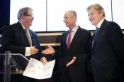 voorzitter Meijdam biedt advies aan minister Blok en staatssecretaris Van Rijn