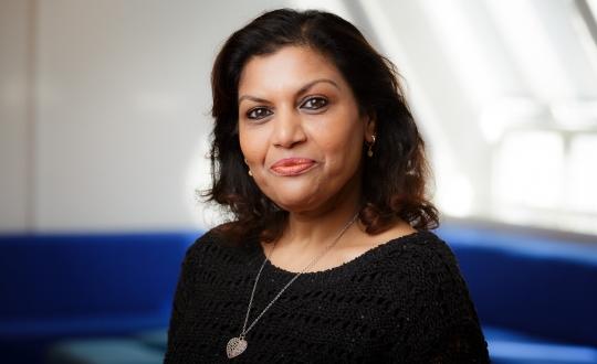 Portretfoto Hanna Bholai