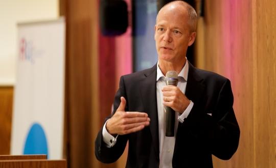 Jeroen Kok, raadslid Rli licht het advies toe