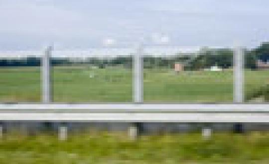 Kijkje achter de schermen - Geluidwerende schermen langs de snelweg bij Heerenveen, Appingedam