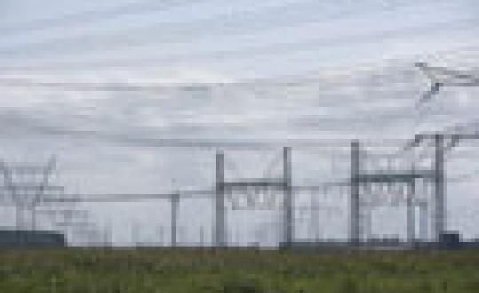 Elektriserend landschap - Chaotisch beeld bij de centrale boven Lelystad